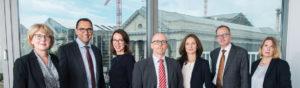 Gruppenbild der Rechtsanwältinnen und Rechtsanwälte von hebel Schmidt-Morsbach + Partner