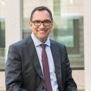 Porträt des Rechtsanwalts Michael Schmidt-Morsbach